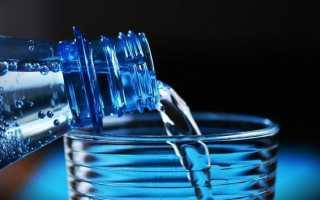 Вода от запоров — сколько пить и в каком количестве