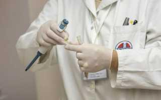 Почему появляется кровь при запорах и как это нужно лечить?