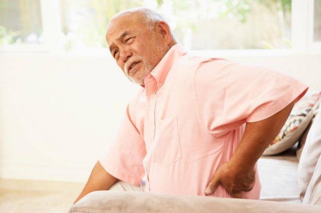 pankreatit-u-pozhilyh-lyudej-1024x682.jpg
