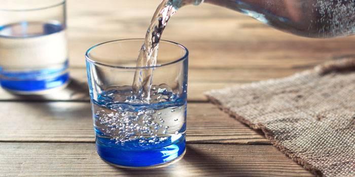 dejstvie-na-organizm-mineralnoj-vody.jpg