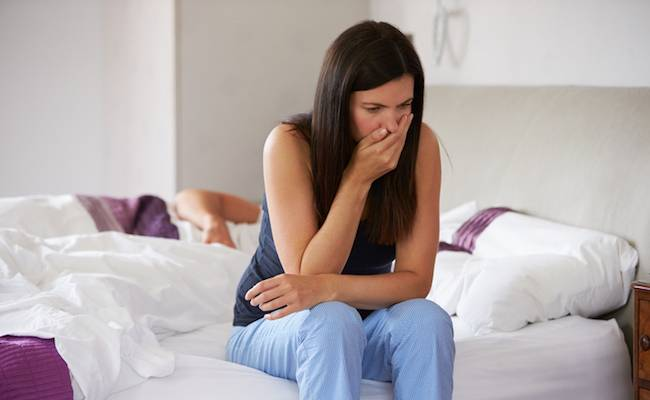 Отрыжка желчью: причины, симптомы, диагностика, методы лечения