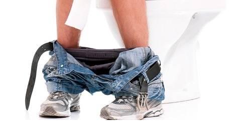 CHelovek-v-tualete1.jpg