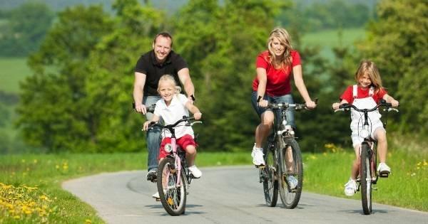 Katatsya-na-velosipede.jpg