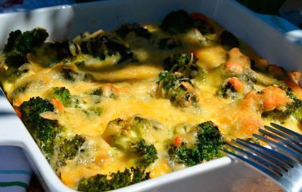 zapekanka-iz-brokkoli-i-morkovi.jpg